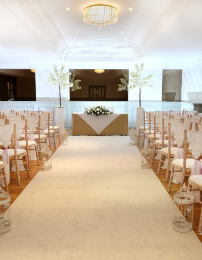 Wedding Ceremony with Chiavari Chairs and an Aisle Runner