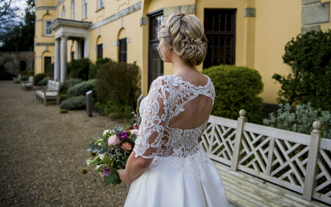 Top 10 questions to ask before booking your wedding venue