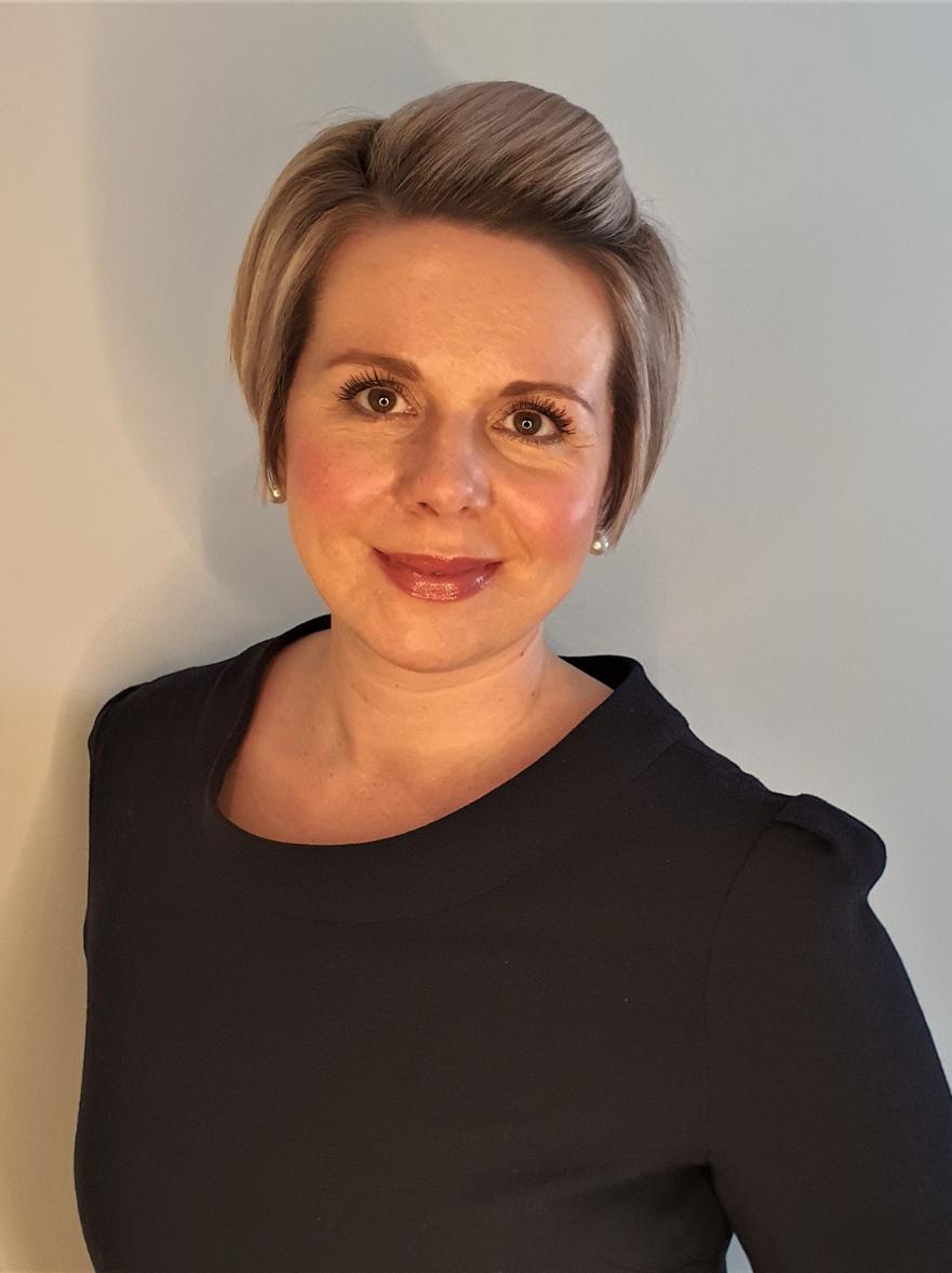 Sarah Dallas Fife & Stirlingshire Wedding Stylist