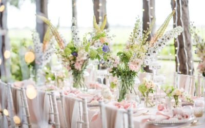 Spring wedding colours, flowers and nature's backdrop