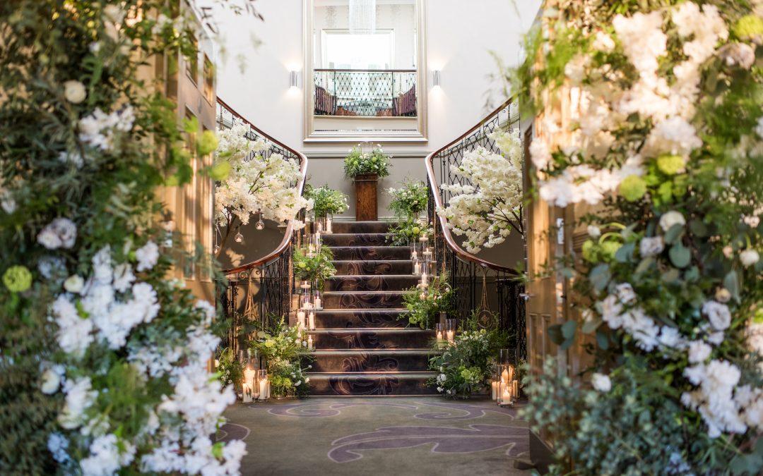 5 ideas to create modern, neutral wedding styling
